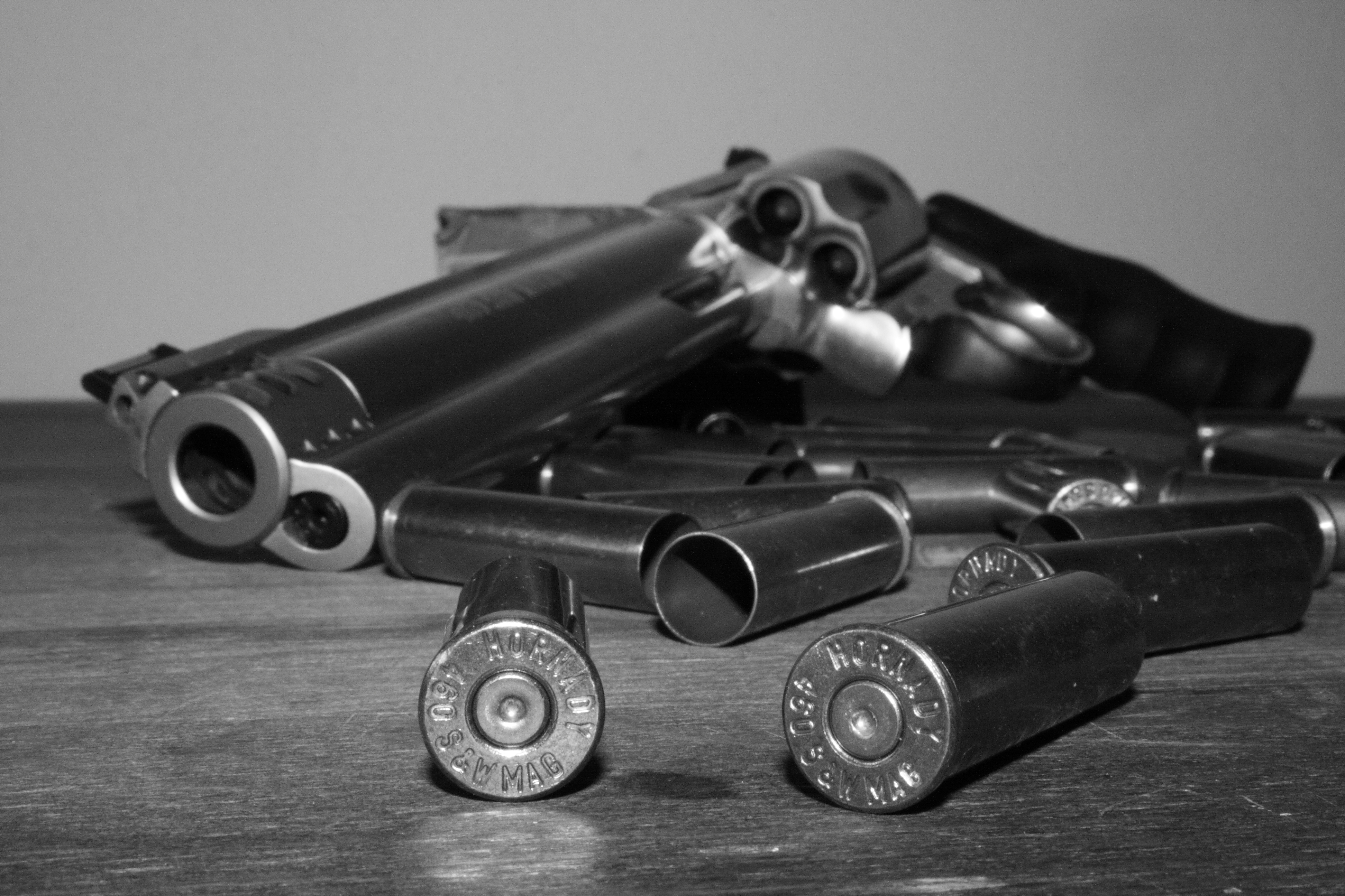 Trouble ahead: Smith & Wesson's stock tanks on blowout earnings