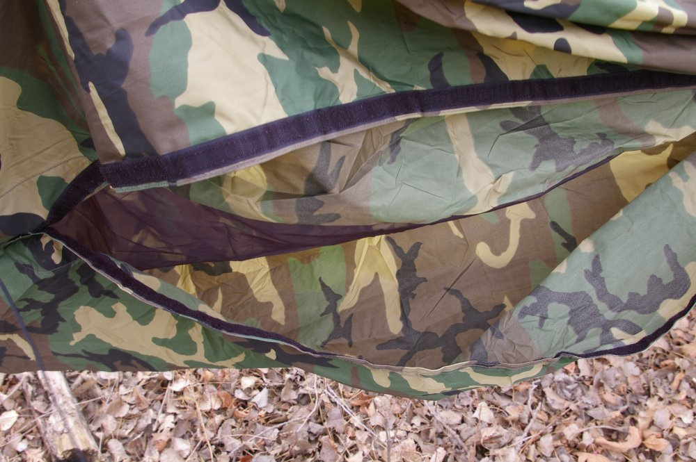 the  plete hammock and rain fly body only weight 3lb and are made from a lightweight and breathable 70d u s  made woodland camo nylon  hennessy woodland survivor hammock   alloutdoor    rh   alloutdoor