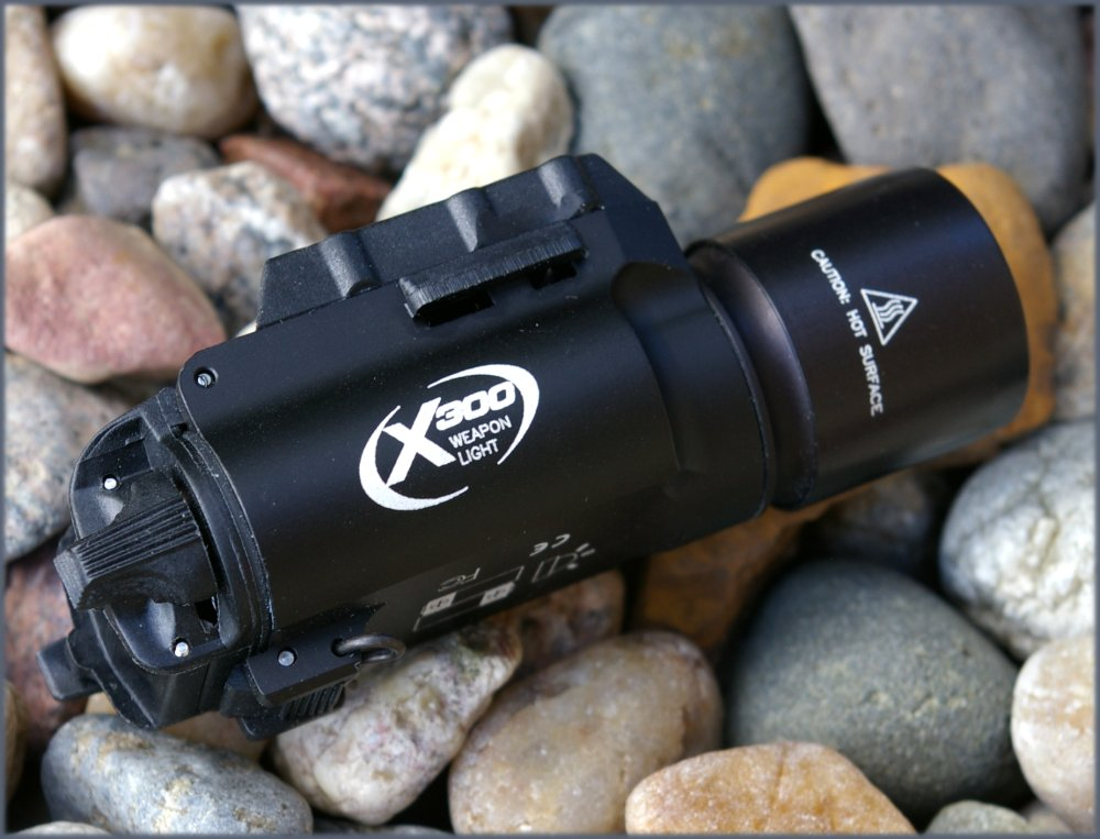 SureFire X300 LED Tactical WeaponLight