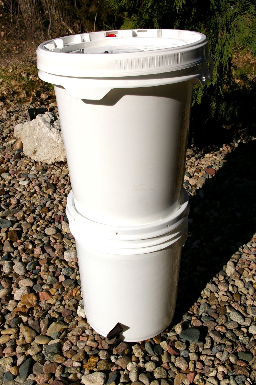Buckets and 2 Ceramic Filters Gravity Feed Water Filter System Complete with 2