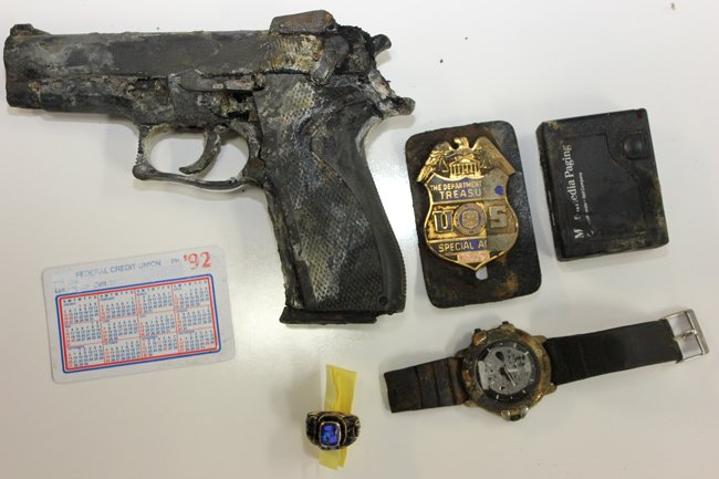 Gun and badge found at bottom of Castaic Lake