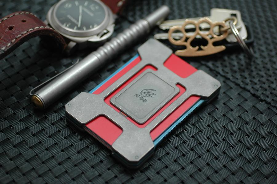 One to Watch: Anso Matrix Card Holder