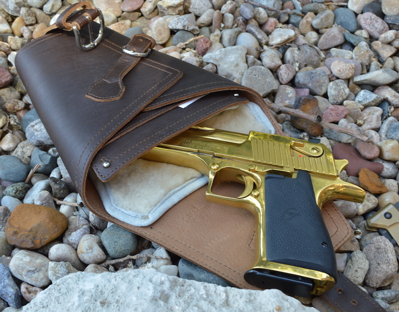 Saddleback Leather Pistol Wrap