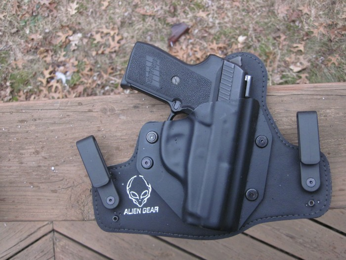 Review: Alien Gear Cloak Tuck 2.0 Holster