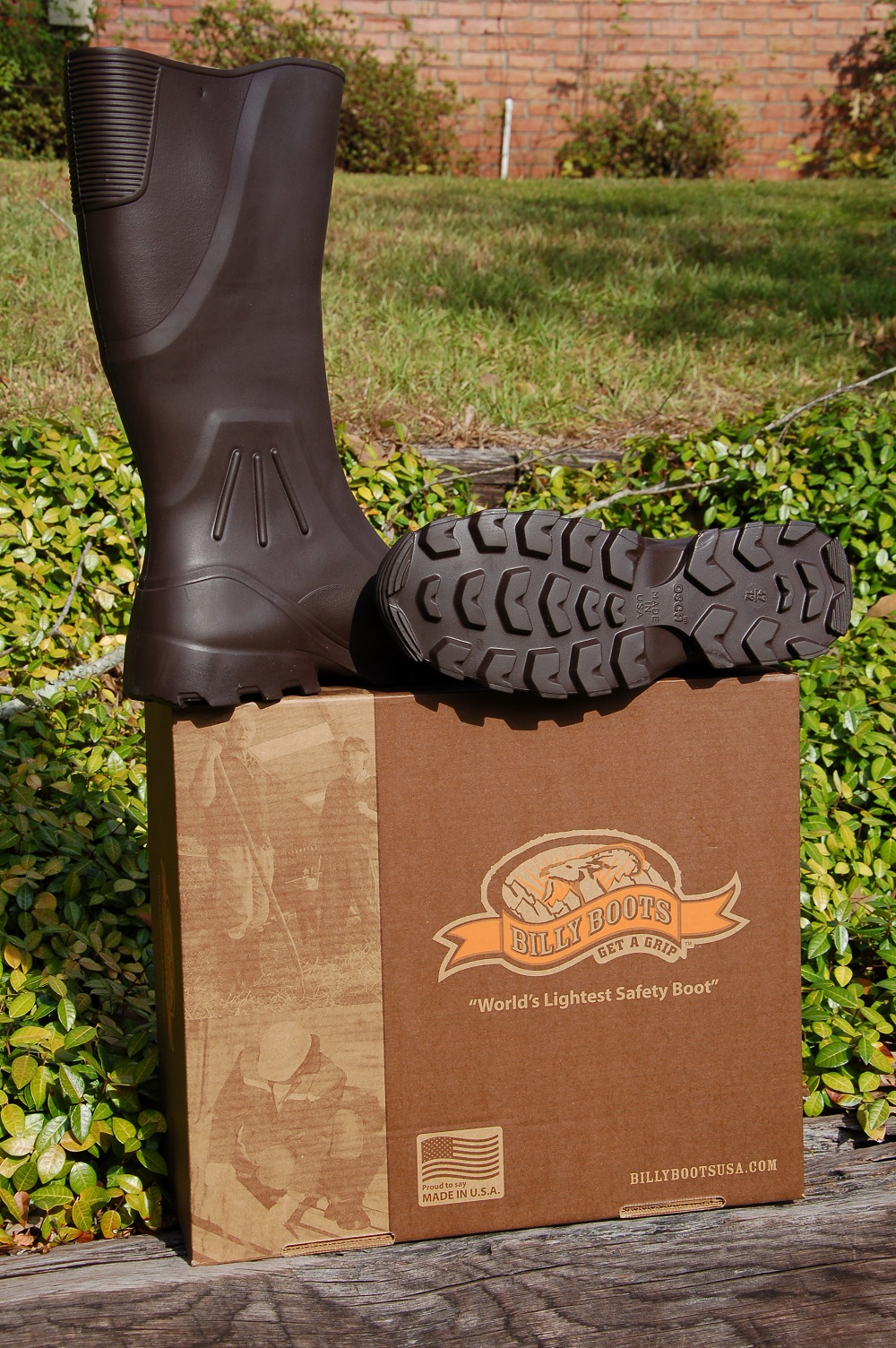 Multi-Task Lightweight Utility Boots