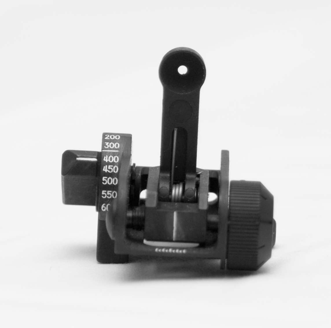 Preppers: It's Time to Ditch the Iron-Sights-Only Builds