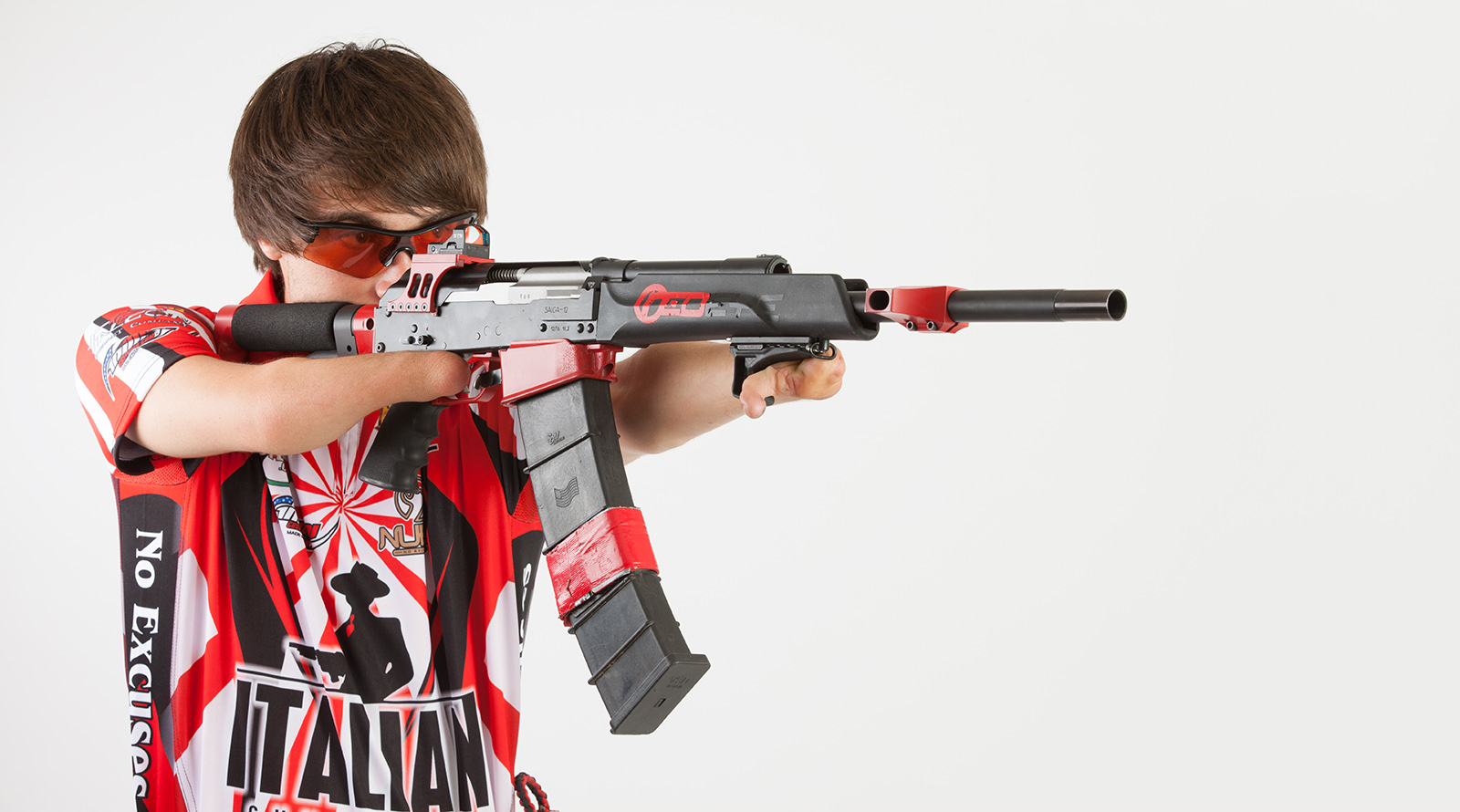 """""""Nubs, the No-Handed Shooter"""" Talks Competitive Shooting"""