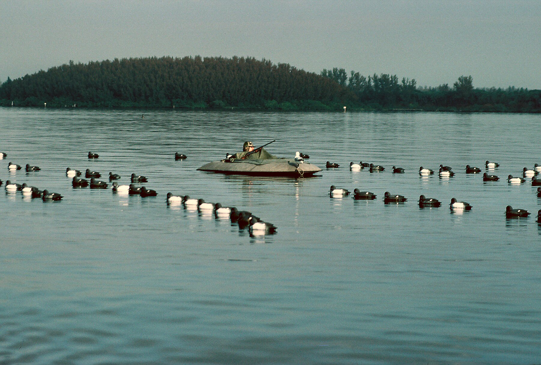 Layout Boats are the Ultimate for Waterfowling