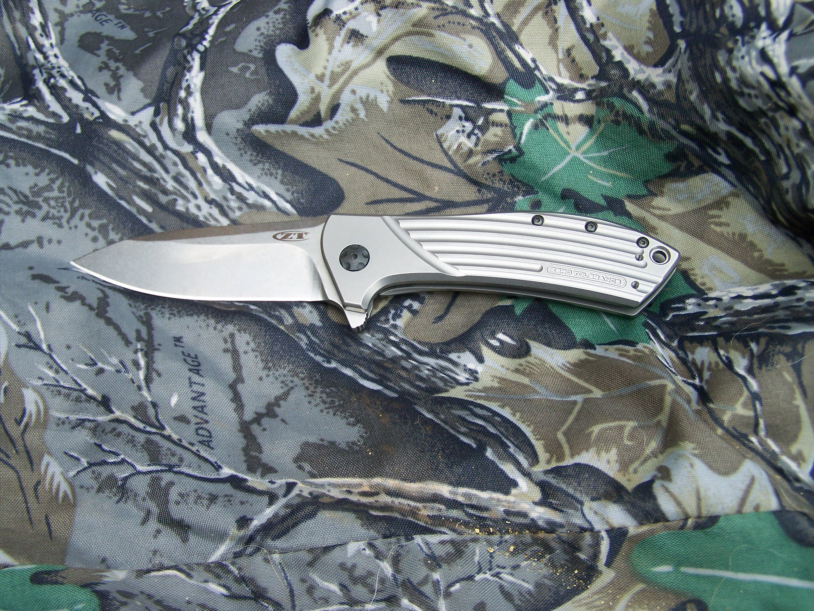 Review: Zero Tolerance Model 0801 Folding Titanium Tactical