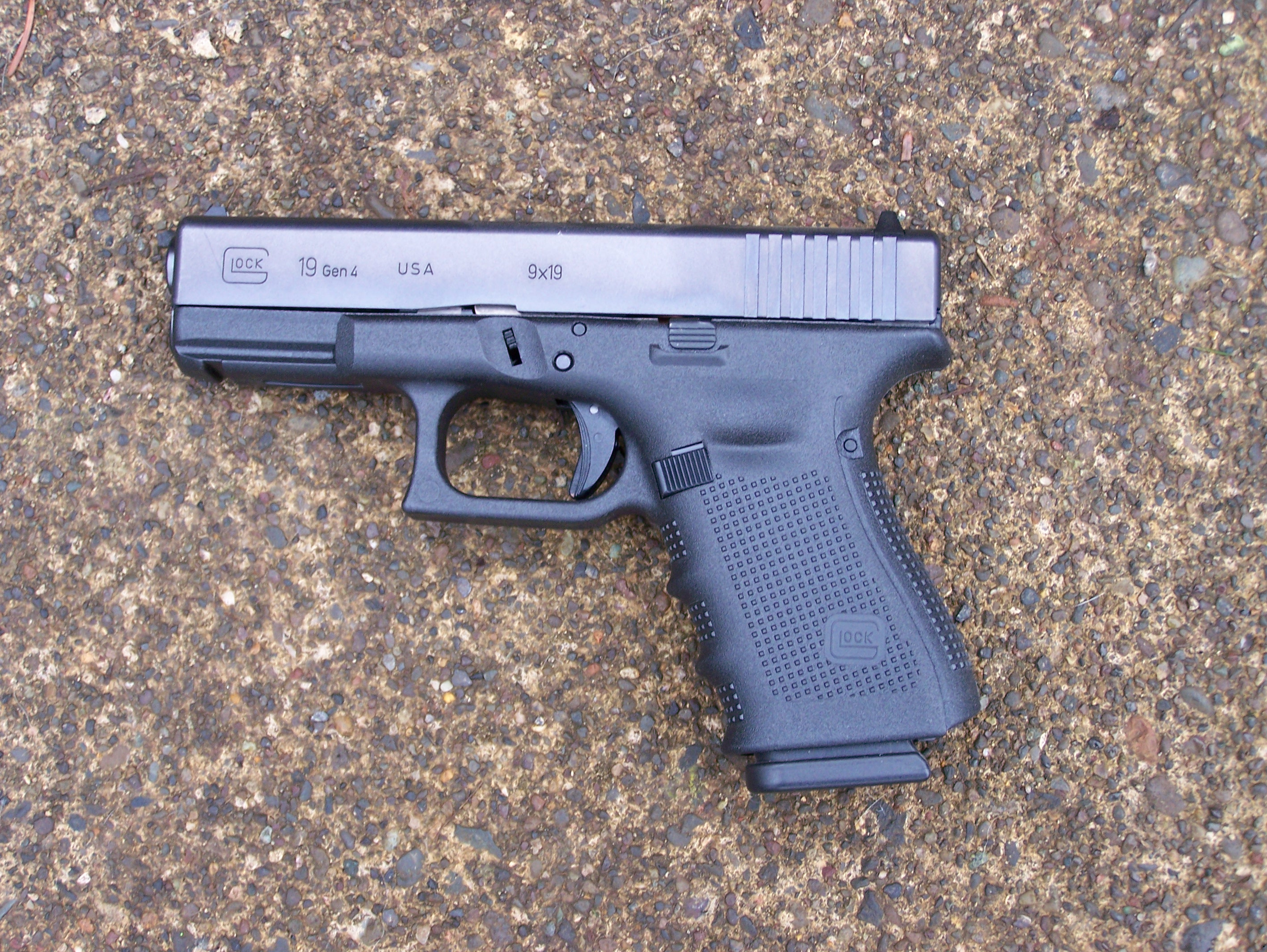 GLOCK 19 Gen 4 9mm Pistol Review - AllOutdoor comAllOutdoor com