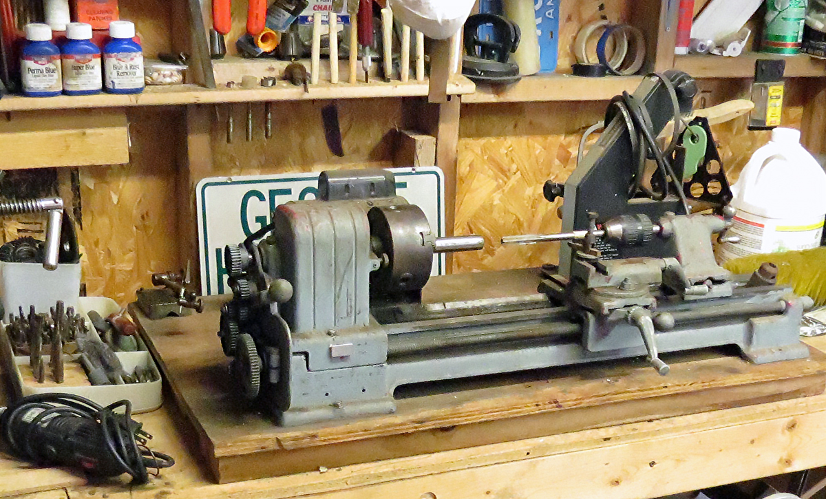 George's lathe with barrel and reamer. Photo © Russ Chastain