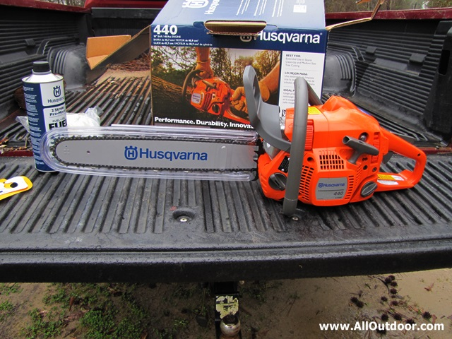 Husqvarna 440 chainsaw unboxing