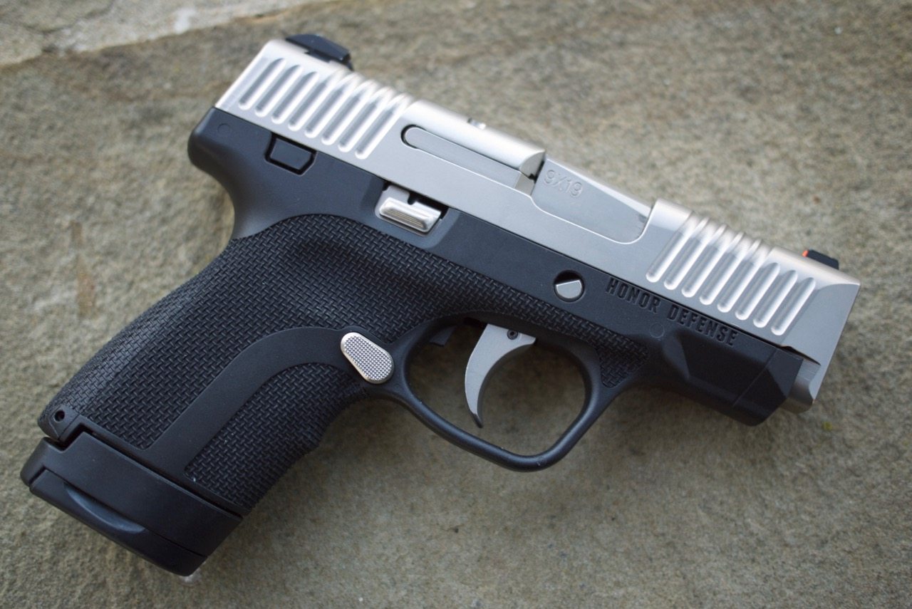Review: Honor Guard 9mm with Robar NP3 Finish