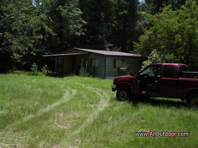 Preppers: Cabin for Bug Out Location