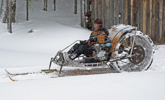 old-snow-machines-11