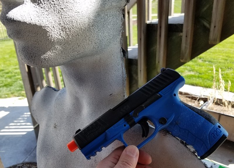 Airsoft Training with Umarex Pistols and Rubber Dummies