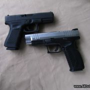 Glock 19 and Springfield XDm