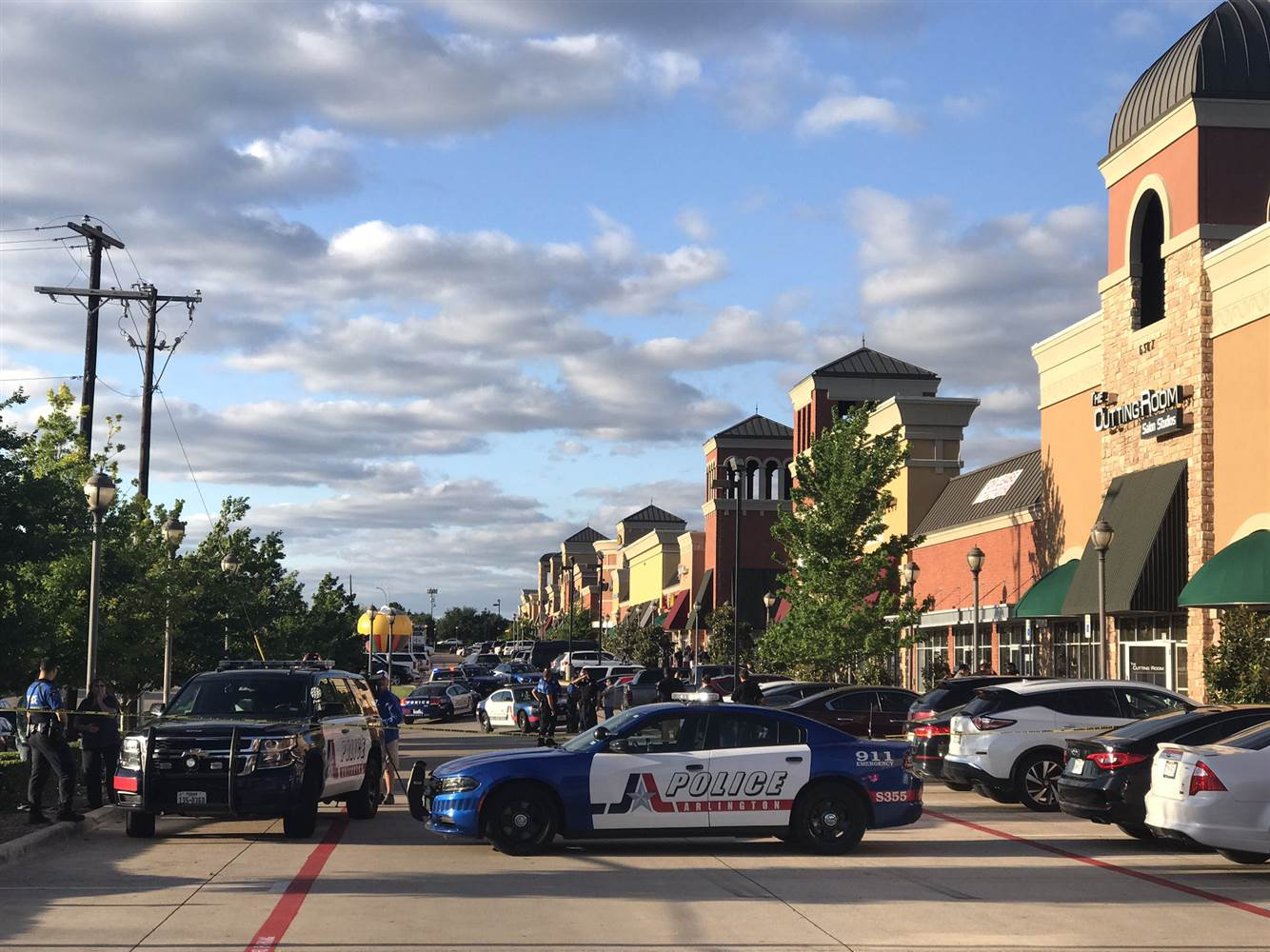 """Active Shooter"" in Texas Sports Bar Meets Good Guy With Gun"