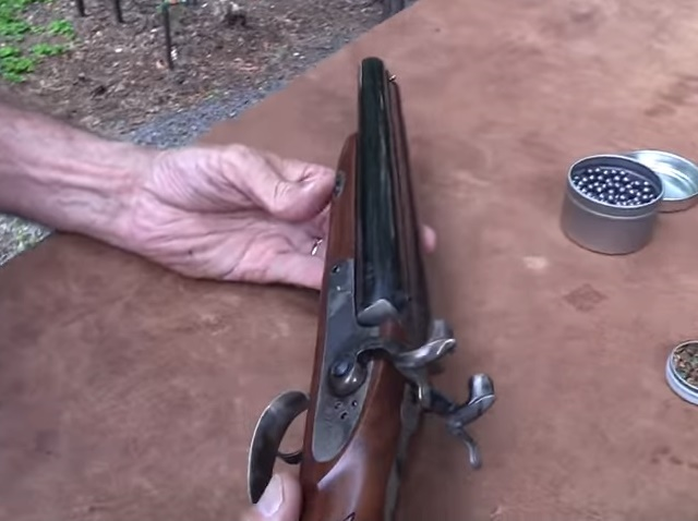Watch: Pedersoli 20 gauge Howdah Pistol