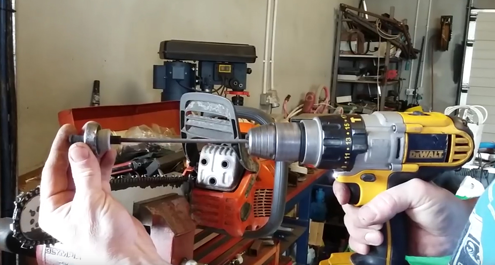 Watch: Sharpen a Chainsaw With a Cordless Drill