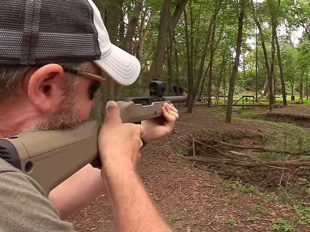 Watch: Ultimate Bug Out Bag Rifle