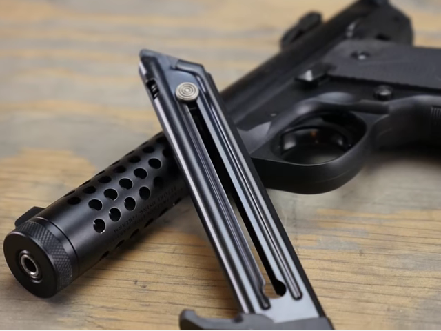 Watch: Ruger Mark IV 22/45 LITE
