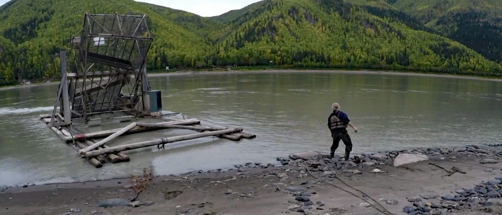 Watch: Stan Zuray Pulling a Fish Wheel From the Yukon River