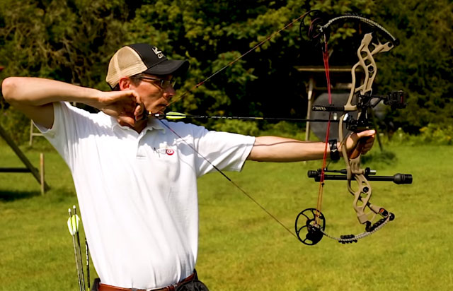 Hoyt Carbon Defiant Profile