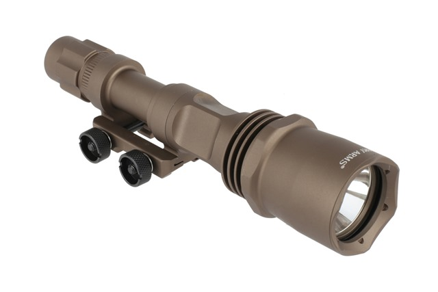 Primary Arms Ultimate Weapon Light (900 Lumens) GEN IV - Flat Dark Earth