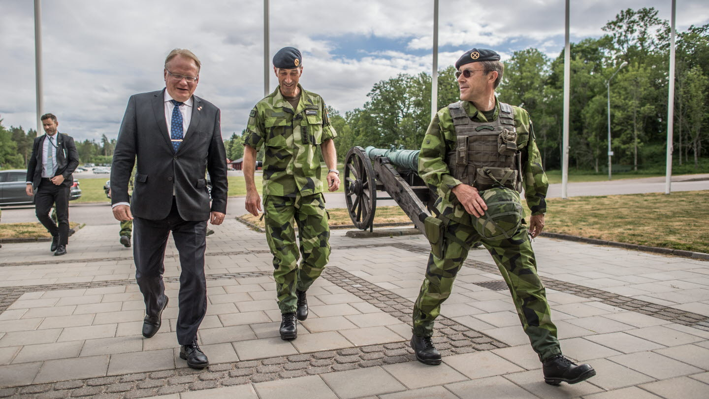 Sweden's War Preps Continue as National Guard is Mobilized
