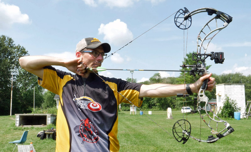 Compound Bow Review: Obsession Fixation 6XP + Video