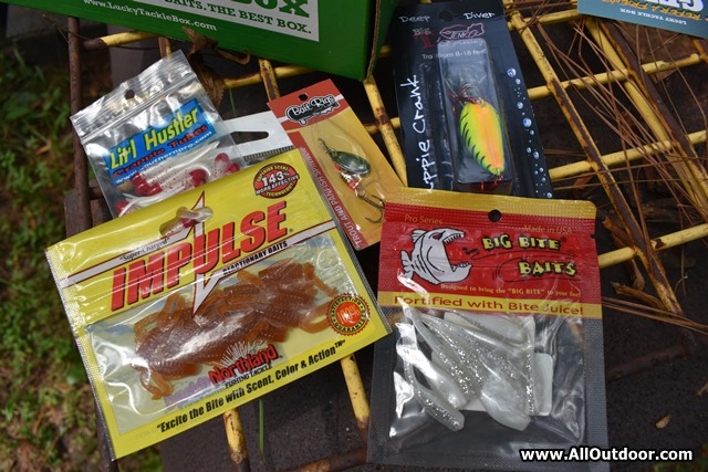 Lucky Tackle Box Contents