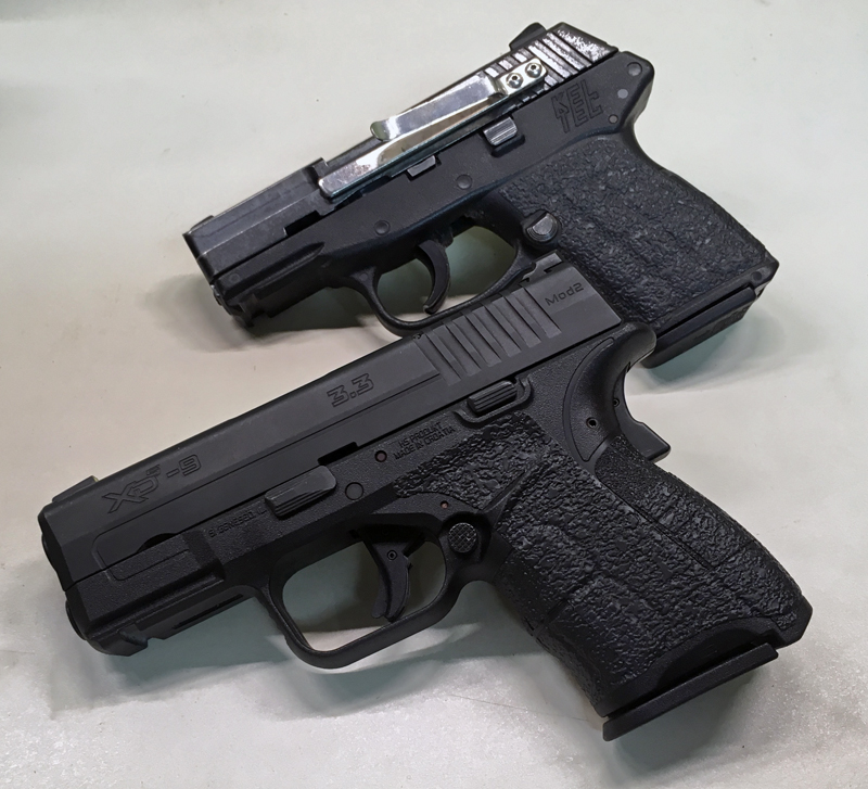 Springfield Armory XDS-9 Mod.2 and Talon Grips