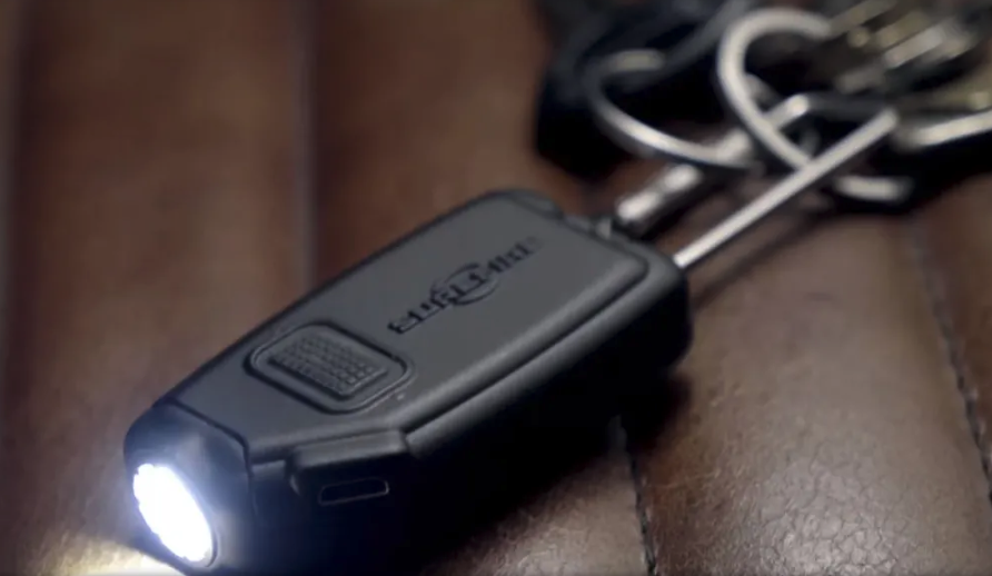 Light Review: SureFire Sidekick Ultra-Compact Variable-Output LED Flightlight