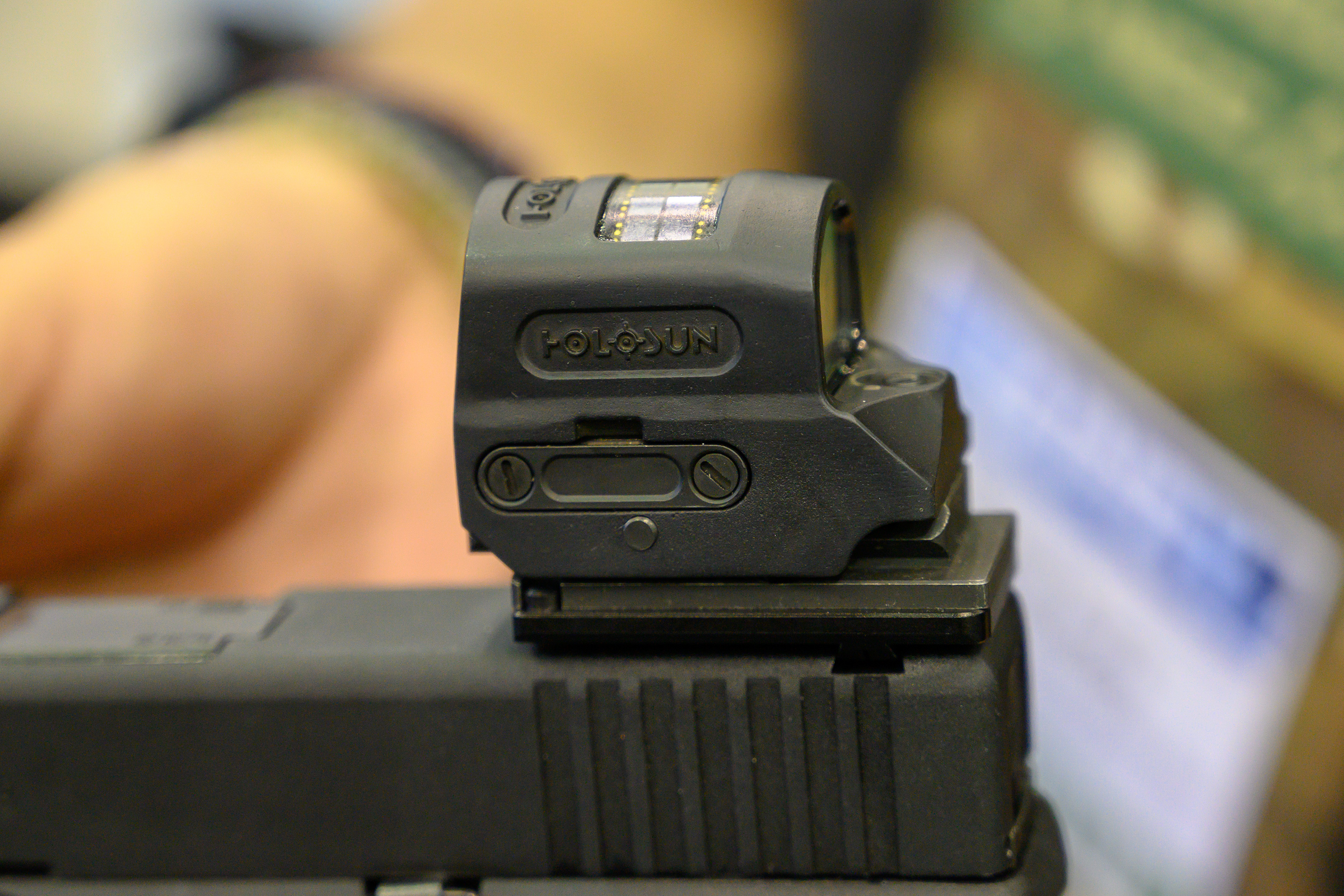 [NRA 2019] Holosun Sealed Emitter Red Dot Sight Prototype