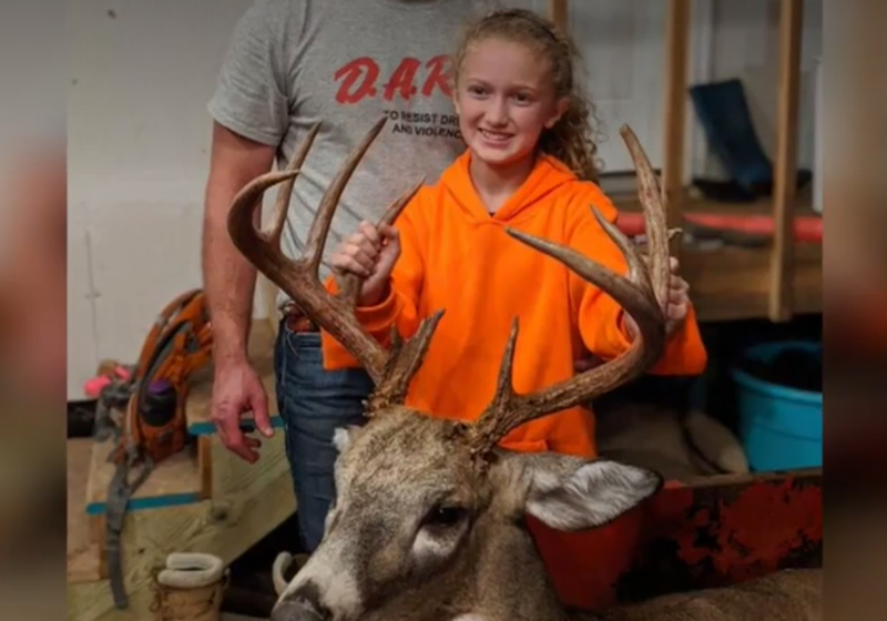 11-Year-Old Girls Bags 12-Point Buck on Her First Hunt