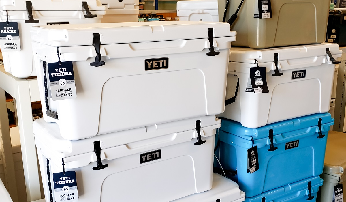 Coolers Buyer Guide – Top 10 Coolers for Hunters
