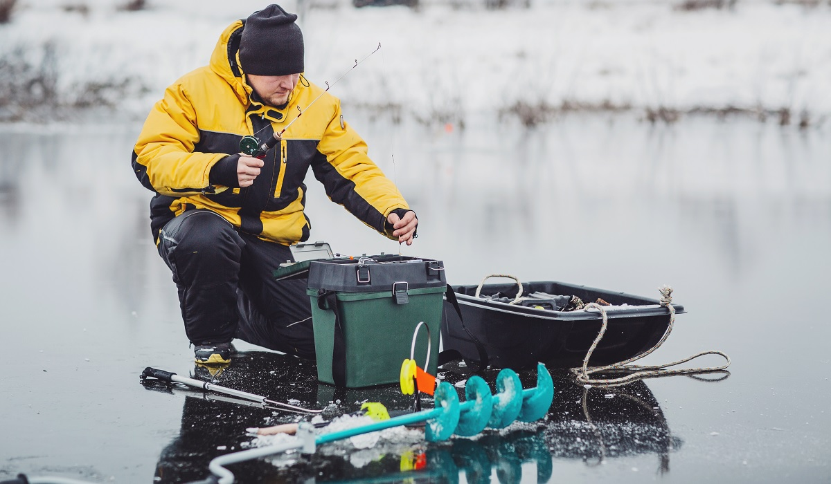 What to Know When Using Your Truck to Trailer Ice Fishing Equipment