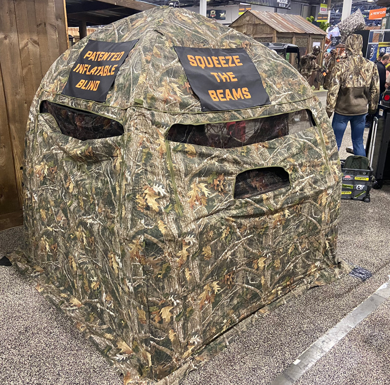 Large inflatable TrueTimber hunting blind. (Photo © Russ Chastain)