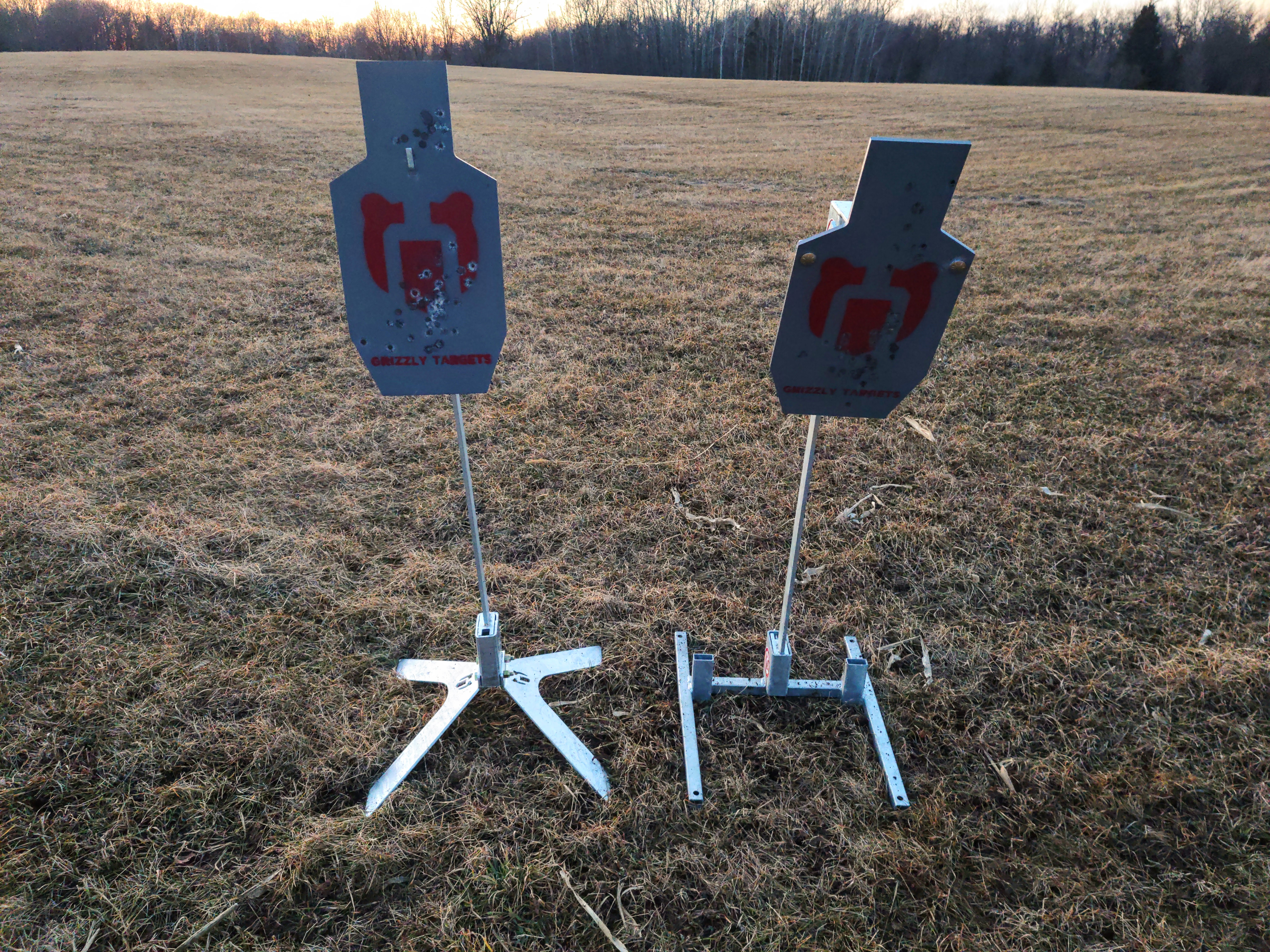 Grizzly Targets AR500 Steel Face-Off: IPSC Reactive vs Center Hang