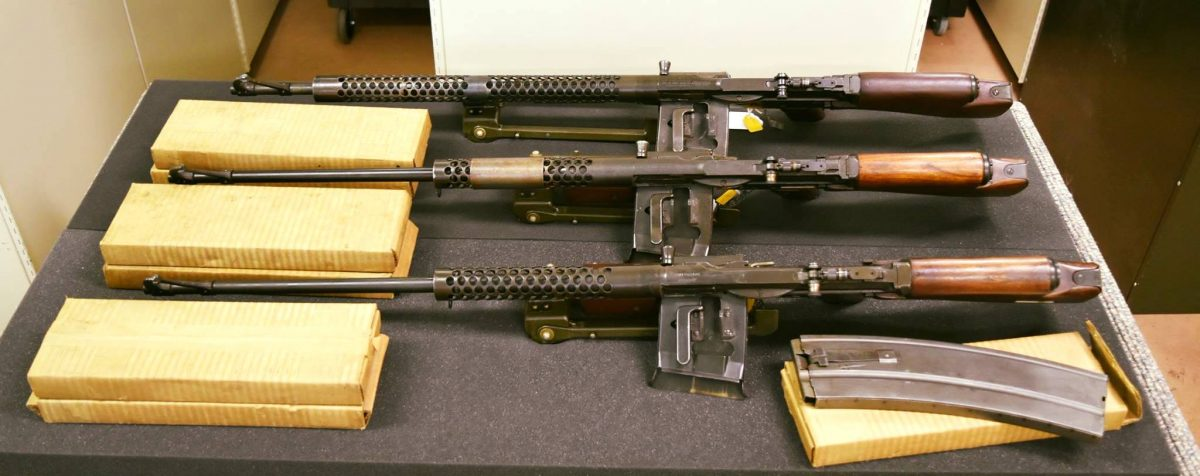 POTD: WWII Rarity – Brand New Johnson LMGs Out of the Box
